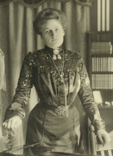 12. Therese Behr, Berlin 1908. Schnabel Music Foundation.jpg