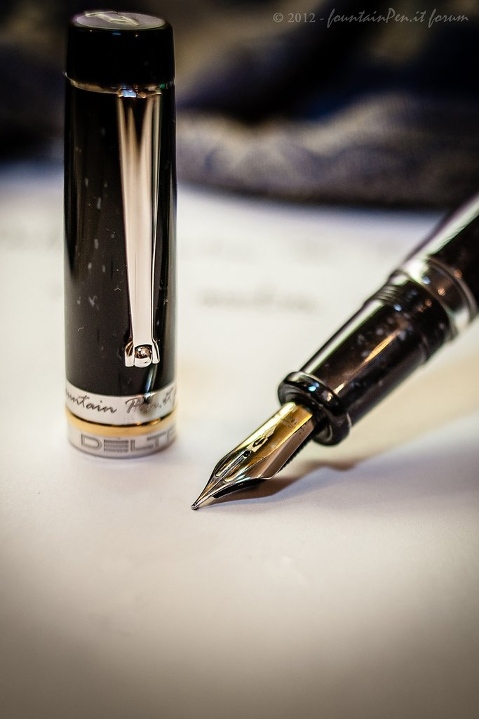 Delta Fountain Pen 500 Forum 3.jpg