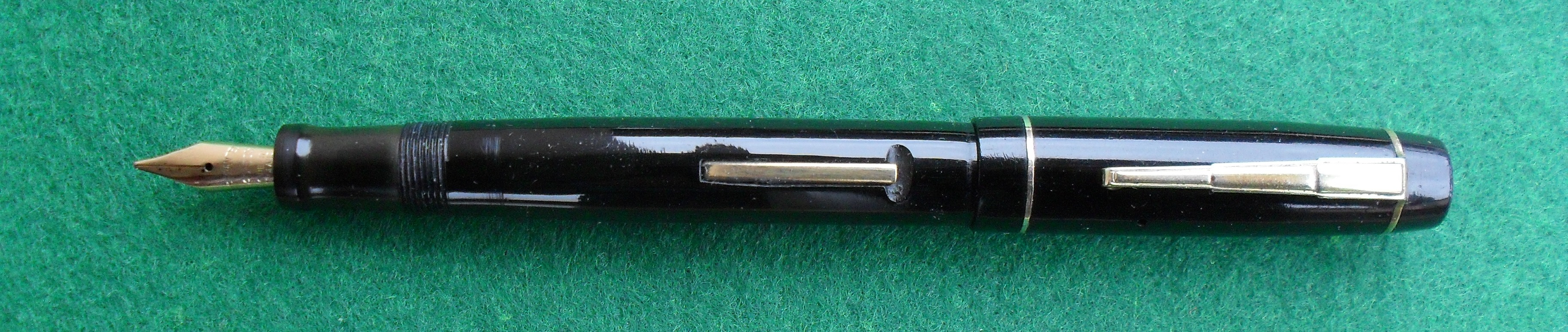 The Unique Pen - open.jpg